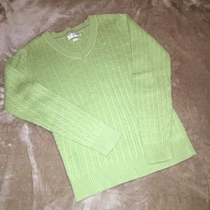 Van Heusen size SMALL cotton v-neck sweater EUC